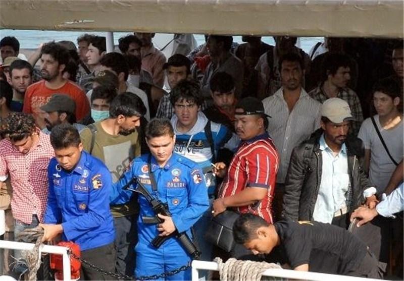30 نفر از سرنشینان قایق پناهجویان در اندونزی هنوز مفقود هستند