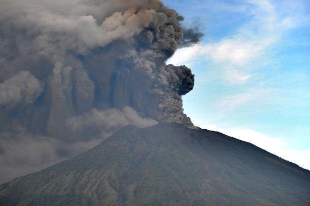 آتشفشان 445 پرواز فرودگاه بالی را لغو کرد