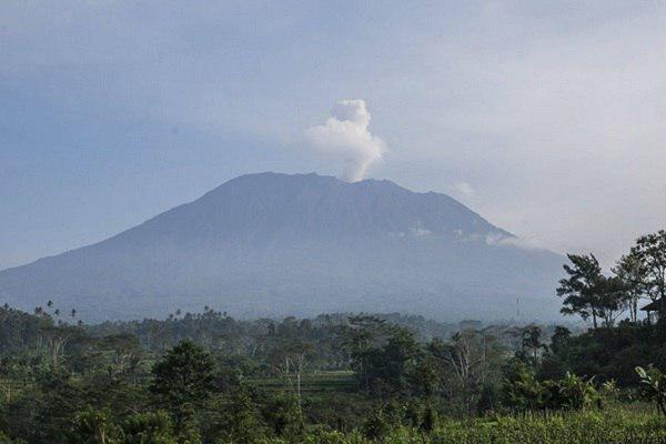 ظرفیتی که با آتش فشان سوخت، ضرر یک میلیارد دلاری گردشگری اندونزی