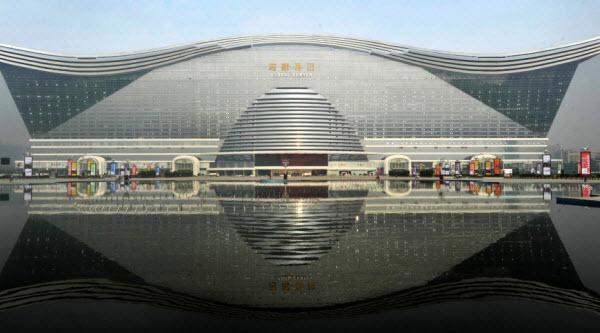 چین از بزرگ ترین ساختمان جهان رونمایی کرد