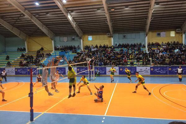 تیم والیبال شهرداری قزوین به یک پیروزی ارزشمند دست یافت