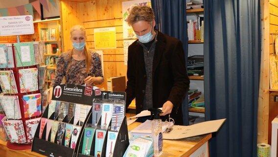 بسته بودن 4 هفته ای کتابفروشی ها و ضرر نیم میلیون یورویی آلمانی ها