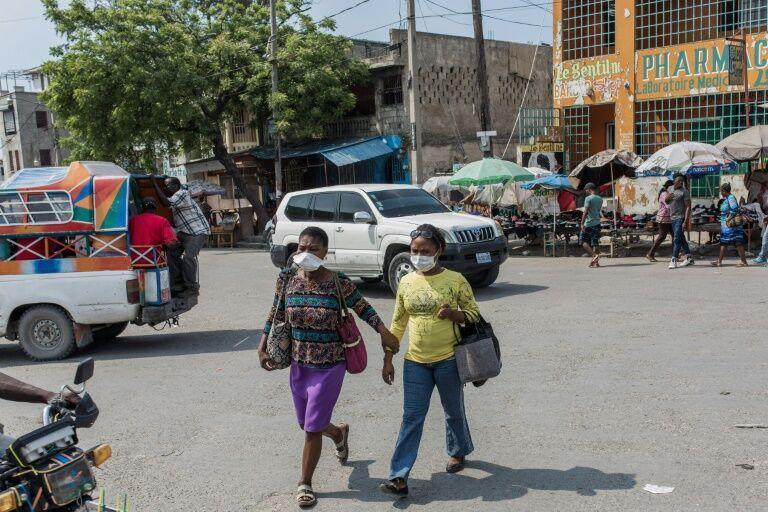 فقر و بیماری کرونا در هائیتی جان مردم را می گیرد