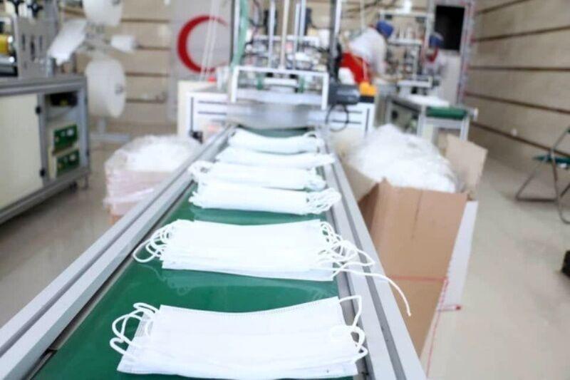 خبرنگاران روزانه 600 هزار ماسک در استان کرمانشاه تولید می شود