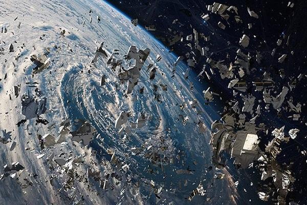 هزینه 102 میلیون دلاری برای انتقال زباله های فضایی به زمین!