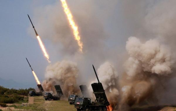 خبرنگاران کره شمالی موشک جدید آزمایش کرد