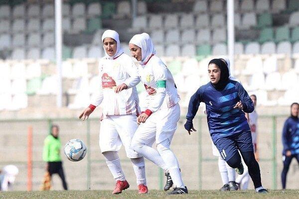 اقدام مشابه مردان برای فوتبال ملی زنان، بانوان هم واکسینه می شوند