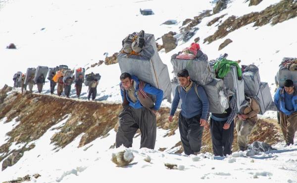 تورهای ترکیه از تهران: کشته شدن دو کولبر ایرانی به وسیله مرزبانی ترکیه